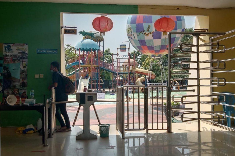 Tempat Wisata Wahana Air Fun Park Water Boom Grand Nusa Indah Terapkan Prokes