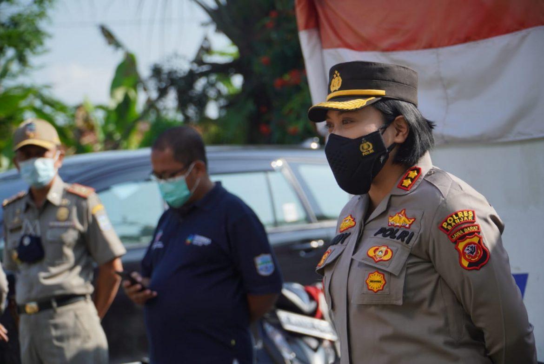 Petugas Gabungan Kota Banjar Gelar Penyekatan di Pos Cek Poin Perbatasan Jabar- Jateng, 1 Pengguna Jalan Positif