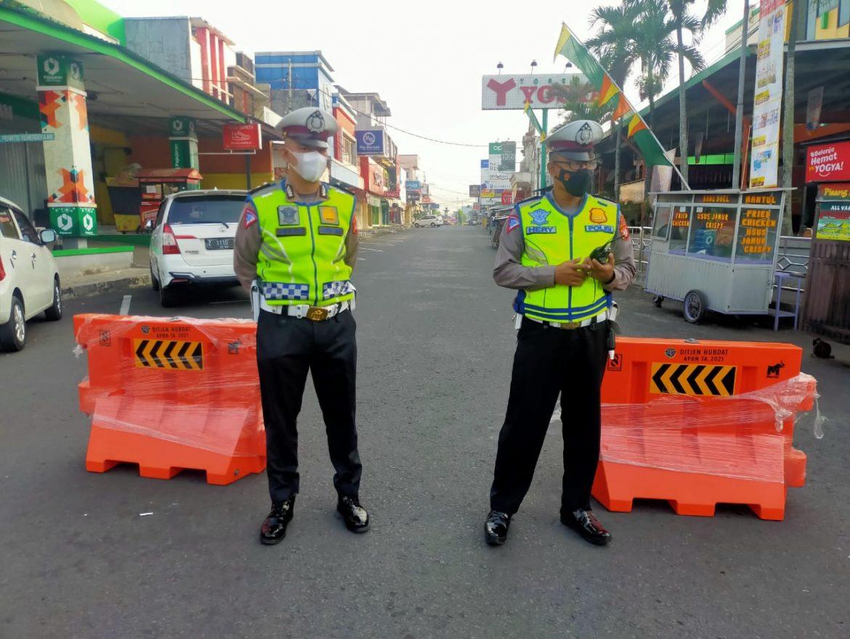Polres Ciamis: Saat PPKM Darurat Diberlakukan, Sejumlah Jalan Menuju Alun-Alun Ciamis Dialihkan Petugas