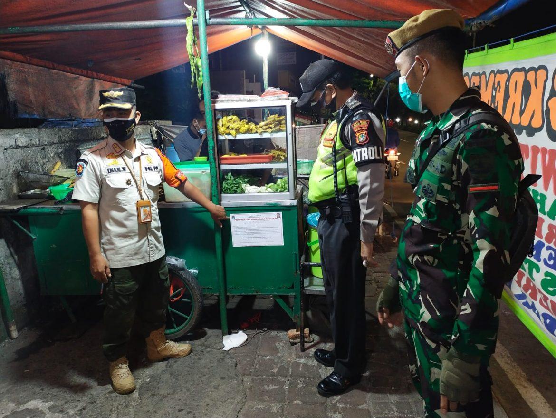 Polsek Kebun Jeruk Bersama Tiga Pilar Melaksanakan Operasi Yustisi