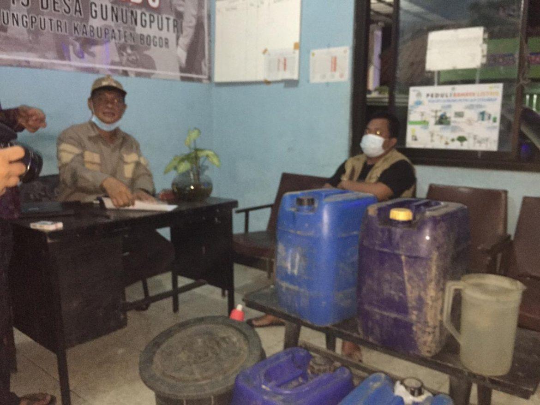 Putus Penyebaran Covid-19, Pemerintah Desa Gunungputri bersama tiga Pilar Lakukan Operasi PPKM Darurat Level 4