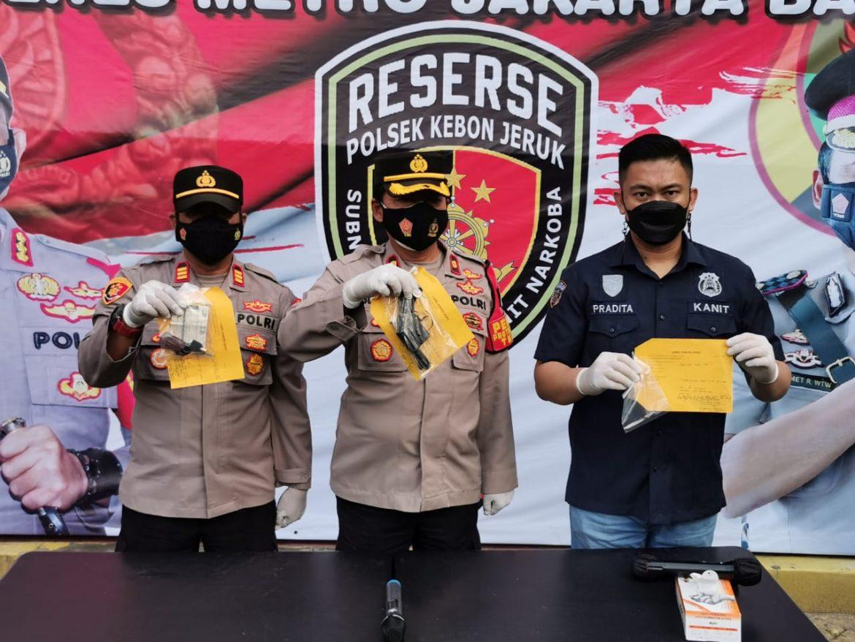 Ironis, Datang dari Kampung ke Jakarta Bukan mencari Pekerjaan yang Halal, 2 Orang Pemuda Diamankan Polsek Kebon Jeruk