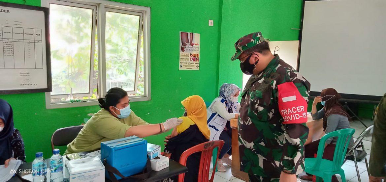 Babinsa Desa Bantarjati Monitoring Vaksinasi Covid-19